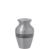 Urn Keepsake: Traditional Pewter
